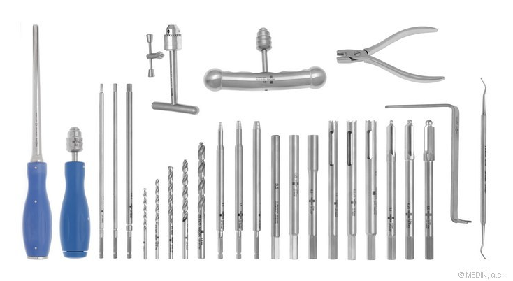 Set for extraction of screws